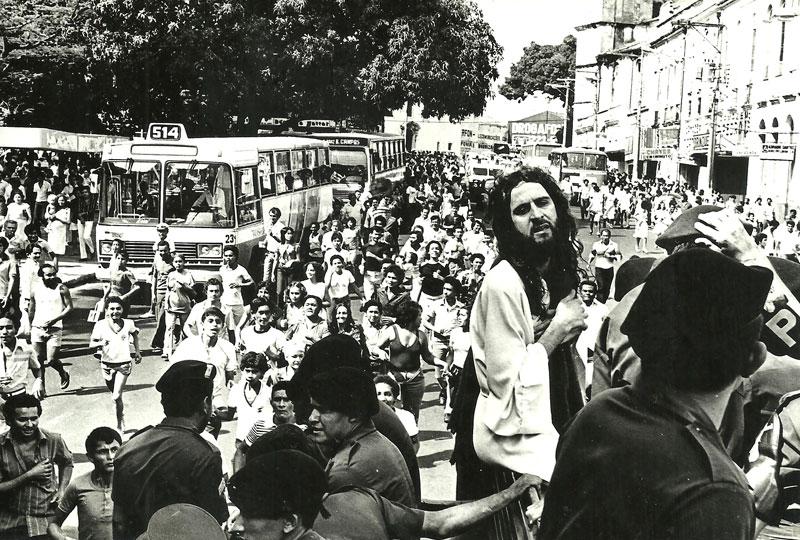 revolution-inri-cristo-20